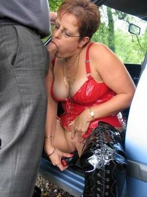chubby mature blowjob