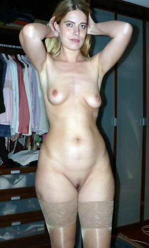 hot milf wet pussy
