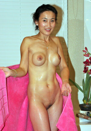 chinese milf photos