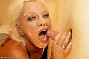 amature glory hole