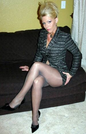 sexy mature ladies
