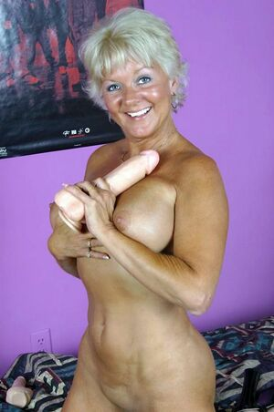 mature with dildo