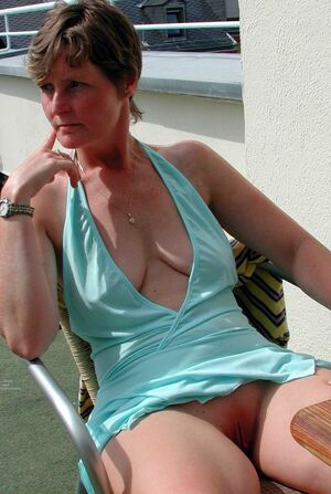 mature exhibitionist tumblr