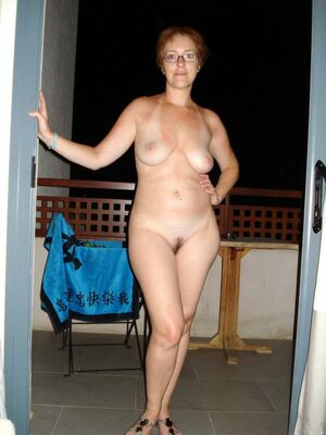 milf nude picture