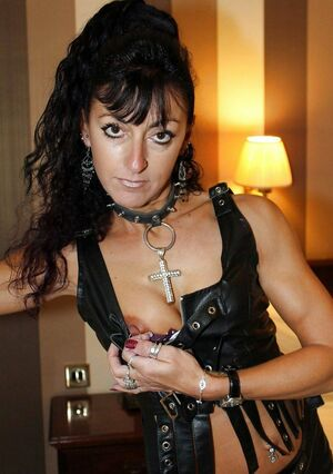 mature women in bondage