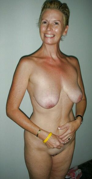 mature nude red heads