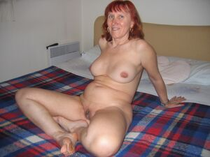 older wife nude