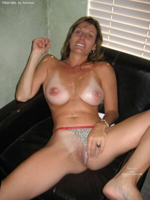 amateur mom videos